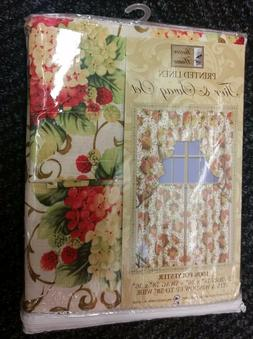 3pc Printed Curtains Set: 2 Tiers  & Swag  GRAPES & BERRIES,