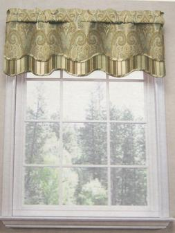 Waverly Home Bengal Paisley Scallop Valance, 52-inch X 16-in