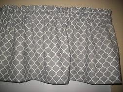Gray Grey Ogee Quatrafoil Circle bedroom fabric kitchen curt
