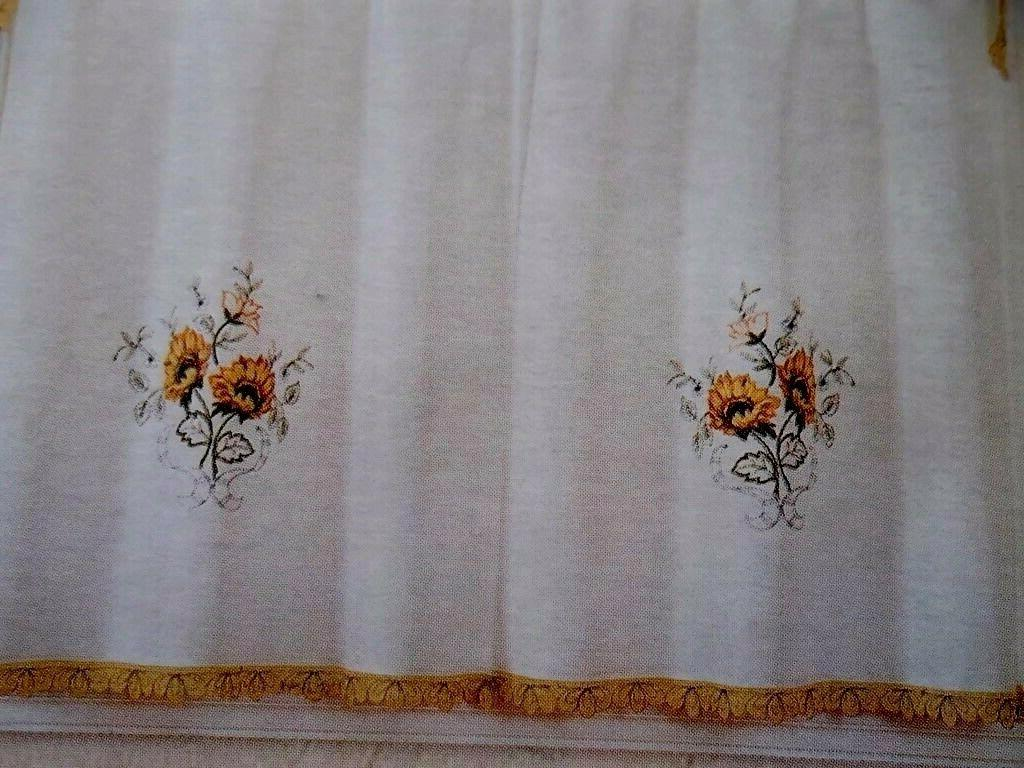 3-Pc Curtain Tier Swag Color Beige